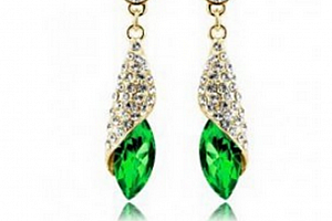 Ziskoun náušnice Long Drop Earrings- gold CE000038 Barva: Zelená